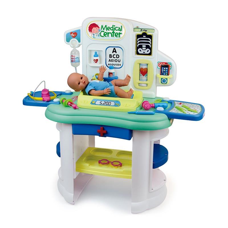 87503-Centro-Pediatrico_con-muñeco